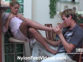 foot fetish, seksi noge, hlačne nogavice