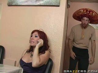 bruneta, velká prsa, coura