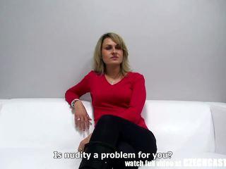 Tsjechisch amateur milf gets load naar mond