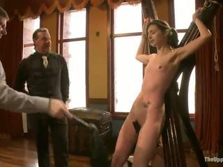Smut female touches a pork dagger un has viņai sārts eaten uz masochism vid