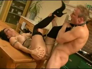 Sexy booty Daisy Rock gets her pussy thumped from her back and enjoys it