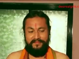 Сексуальна індійська aunty exposing її оголена тіло і сексуальна виріз для отримати ебать