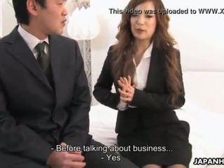 גברת aiko getting creamed כ a סימן של trust