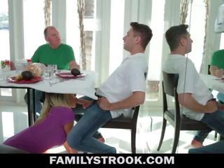 Äitipuoleni video- - povekas vaihe äiti fucks poika