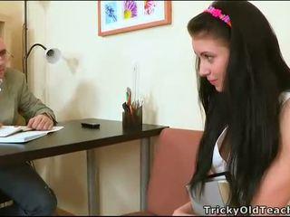 Jūtīgas tutoring ar skolotāja