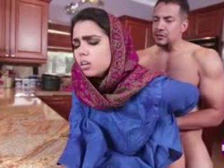 Ada sanchez gets jāšanās uz the virtuve