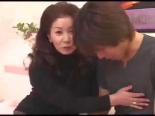 יפני, סבתות, מתבגר