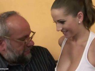 Γαμώ με ένα blind κορίτσι πορνό