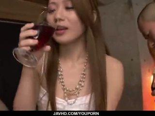 좋은 엉덩이, 일본의, 키스