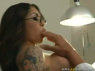 Adrenalynn recieves a fresh load of cum on her juicy mouth
