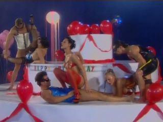 Neilons fever - mandy spilgti uz korsete un zeķe: porno 0b