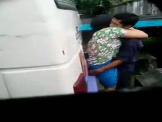 Myanmar स्पाइ कॅम कपल