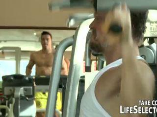 Fitnesz junkies <span class=duration>- 10 min</span>