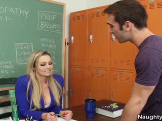 évalué sexe hardcore, gros seins idéal, des stars du porno frais