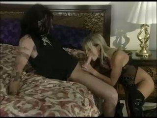 মধু sindee coxx swallowing একটি দীর্ঘ বিশাল কঠিন বাইকের আসন