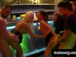 grupu sekss, doggystyle, cowgirl