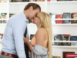 Gorgeous Personal Assistant Vanessa Cage Banged On Desk
