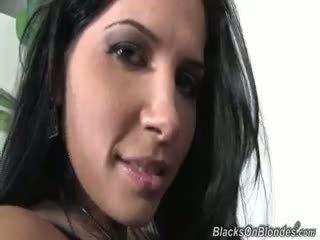 brunete, blowjob, cumshot