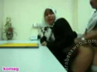Jilbab アジアの プライベート アマチュア セックス ビデオ