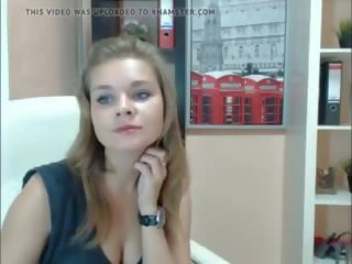 Ryska beauty strips naken, fria striptease porr video- e0