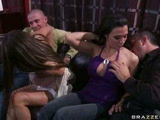 Rachel roxx y rachel starr jugando con chavala lads