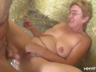 Apaļas farmer vācieši vecmāmiņa, bezmaksas apaļas vecmāmiņa porno video