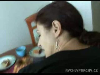 Mama sesanje kurac