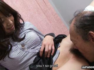 Vanha mies on eating että märkä karvainen teinit pillua ylös: hd porno 41