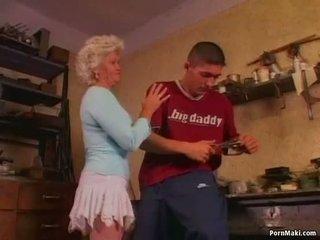 Nxehtë gjyshja effie loves anale