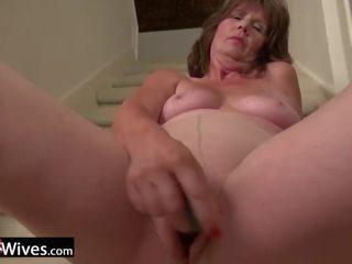 Usawives sıcak milfs got çıplak ve toyed pussies