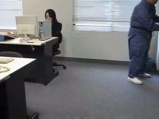 Molested turu kantor lady