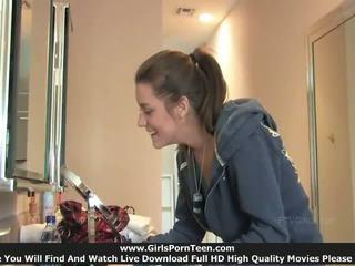 Hayley pievilcīgas meitene un viņai liels karstās vāvere pilns kino