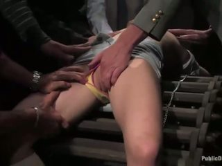 Pechugona caliente sexy nena