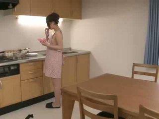 Riko has а дилдо мечта в тя кухня и uses тя
