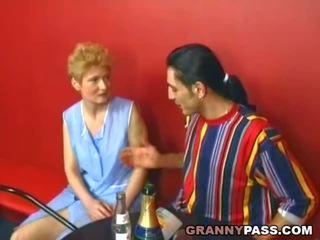 Verlegen oma becomes slet, gratis echt oma porno porno video- 31