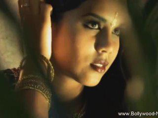 The dance od india revealed