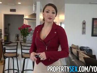 Propertysex - velika rit latina real estate agent ukanjen v amaterke seks video