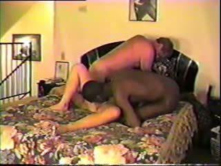 Marito condividi suo moglie con nero bull