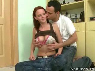 סקס נוער יותר, אידאל לזיין את השרמוטה מפותחת יותר, לבדוק פורנו אירו לצפות