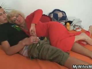 Aýaly finds him aldamak and gets insane