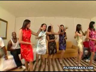 Asiática fiesta 2 sexo vídeos