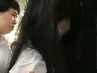 Saori hara en la tren