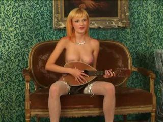 Blondynka virgin strips