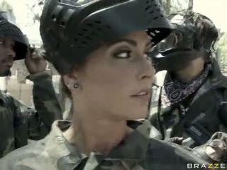 Jessica jaymes gets fucked ārā līdz a pārāks video