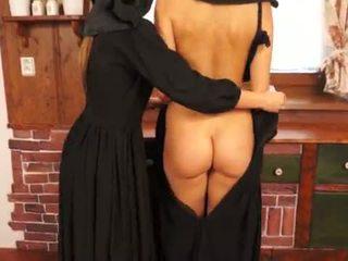 Szemérmetlen catholic nuns gyártás sins és licking punci