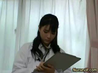 Sladko japonsko medicinska sestra lutka