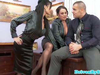Ewropaly assfucking threeway with anissa kate