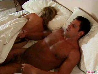 Romantic acțiune în pat