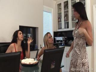 Brunette Porn Xxx Queen MAndy Hoore Riding A Penis