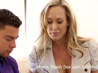 Moms Teach Sex - Mom licks jizz from stepdaughters twat